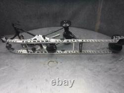 17 Ski Doo MXZ Summit 850 Skid Frame Assembly 482