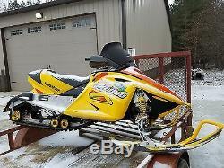 03 Ski Doo Skidoo 600 800 Mxz Sport Rev 04 05 Avant En Vrac Tête Bulkhead Cadre