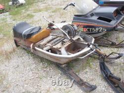 1973 Ski Doo Silver Bullet 340 Vintage Motoneige Châssis Solide W. Piste Bogie