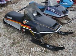 Yamaha Srv 540 Snowmobile Rolling Chassis, Pas De Moteur, Nice Sled